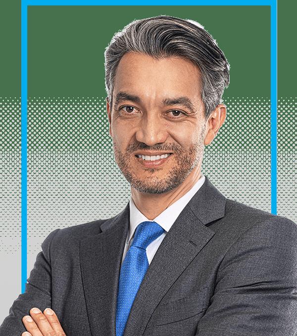 plastic surgeon j.c. alvarez